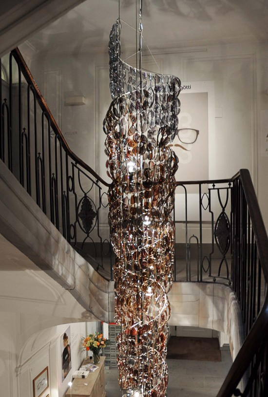 Stunning chandelier with 541 pairs of Gtti sunglasses