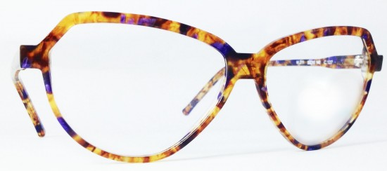 Essesquadro Eyewear model 211