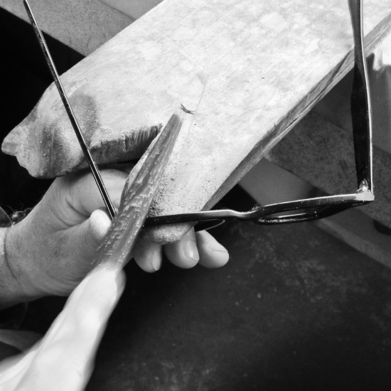 Hand-finishing at Paulino Spectacles