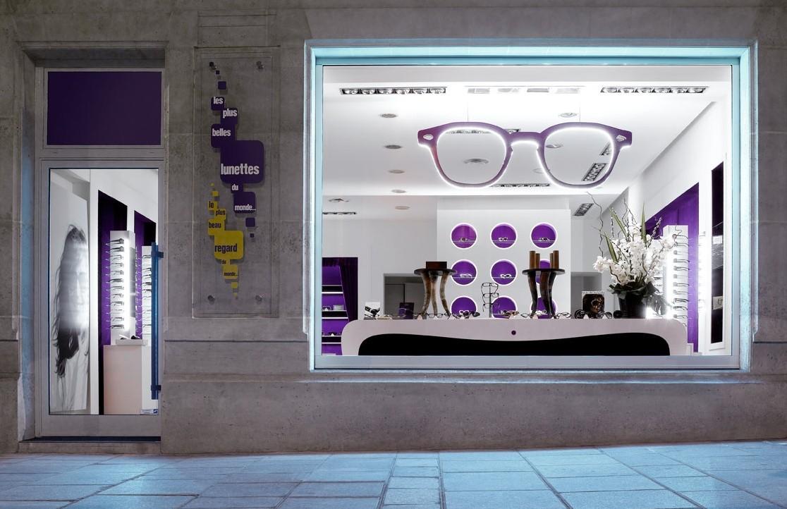 vitrine nuit les plus belle lunettes eyestylist. Black Bedroom Furniture Sets. Home Design Ideas