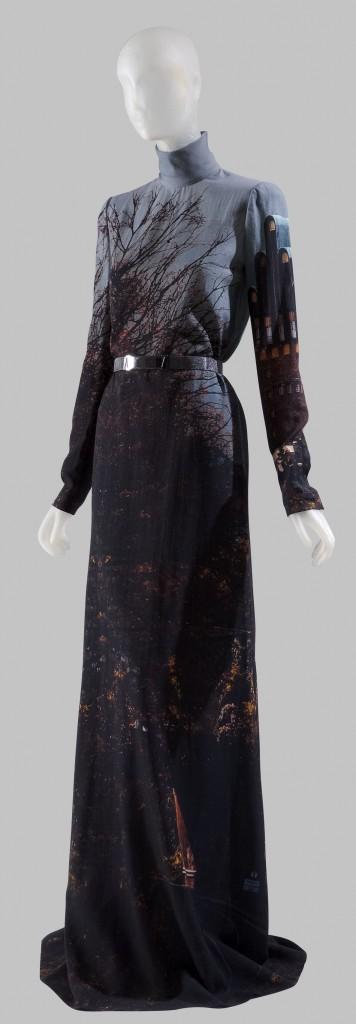 AKRIS_fashion_designers_a-z_17